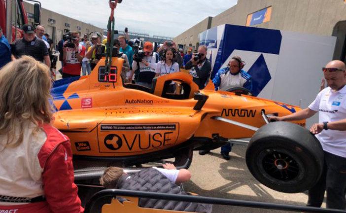 Indy Car: Alonso sufre un accidente en Indianápolis