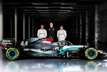 Fórmula 1: Mercedes probó en Silverstone