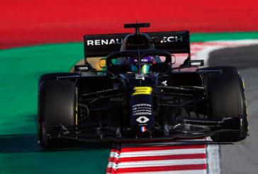Fórmula 1: Ricciardo comanda la última mañana; Mercedes y Ferrari juegan a las escondidas
