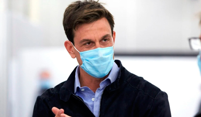Fórmula 1: Wolff, harto de las excusas de Binotto sobre el motor Ferrari: «Otra historia de mier..»