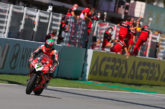 Super Bike: Davies bate a Van de Mark en la Carrera 2