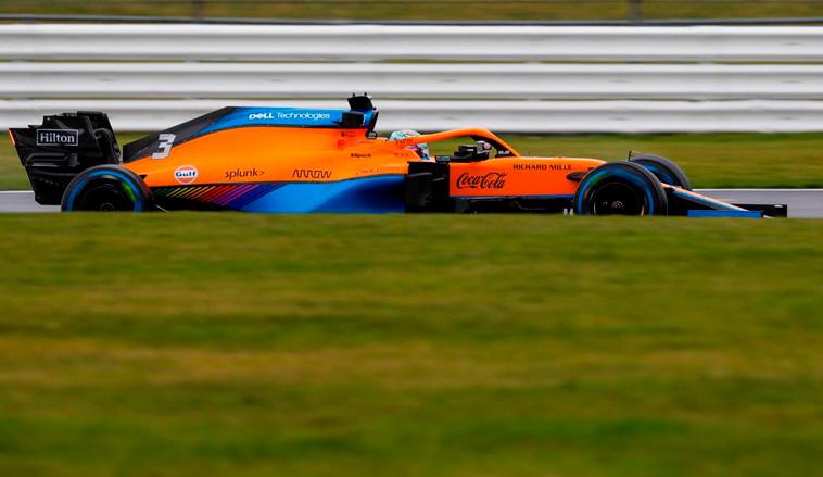 Fórmula 1: Satisfactorio -y pasado por agua- estreno del McLaren MCL35M