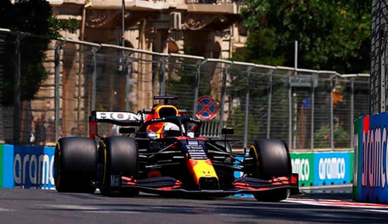 Fórmula 1: Max Verstappen lidera en los Libres 1 de Bakú; Alonso 9º