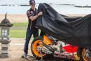 Márquez y Pedrosa presentan la Honda de 2015 en Bali