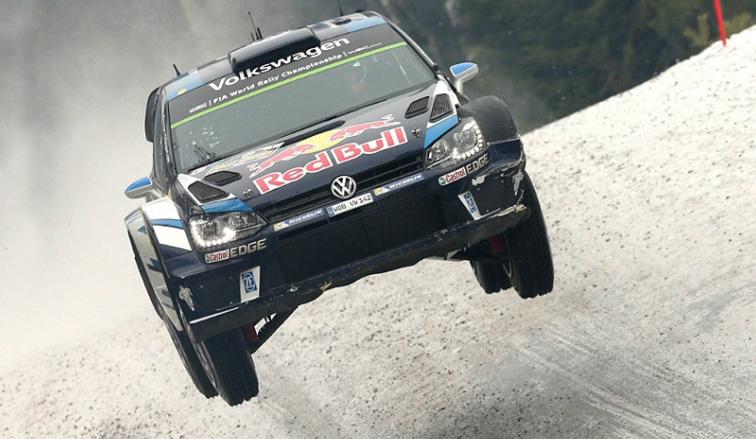 WRC: Oggier sigue aumentando la ventaja