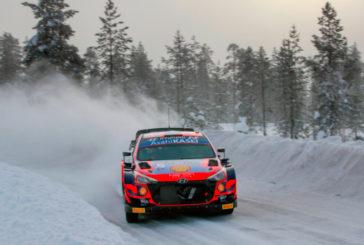 WRC: Ott Tanak arrasó en la jornada del viernes